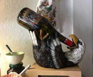 Eagle bottle holder